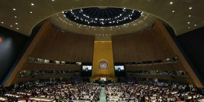 Quelques mois avant la conférence Paris climat, en décembre, des Etats ont commencé à rendre leurs contributions établissant leurs engagements de réduction de gaz à effet de serre.