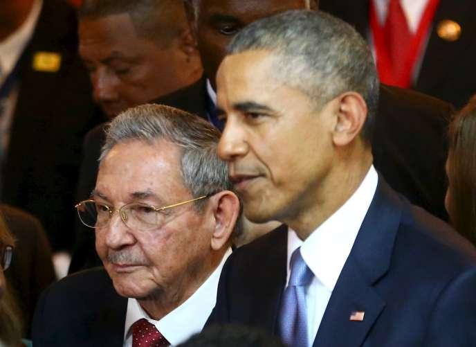Lors de la 7ème édition du sommet des Amériques en 2015 au Panama, Barack Obama, alors président des États-Unis, avait rencontré le dirigeant cubain Raul Castro, amorçant le réchauffement entre les deux pays.
