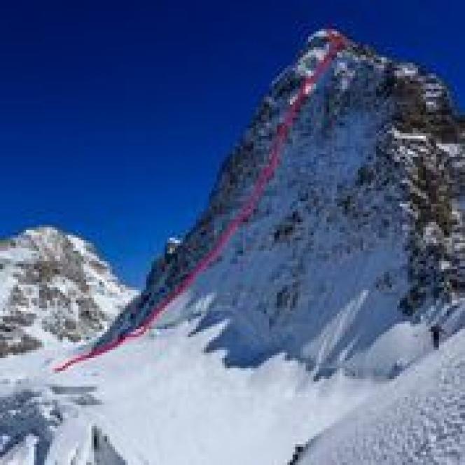 Ouverture de la face nord du sommet indien du Hagshu (6657 m) dans le massif du Kishtwar, réalisée en septembre 2014 par les alpinistes slovènes Ales Cesen, Luka Lindic et Marko Prezelj