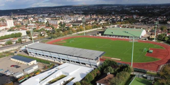 Le stade Aimé-Bergeal doit son nom à l'ancien maire socialiste de la ville (1953-1973).
