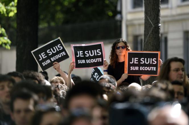 Manifestation contre le projet de loi sur le renseignement, le 13avril à Paris.