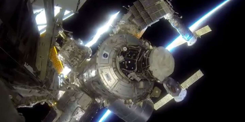 La Russie perd le contact avec un cargo spatial
