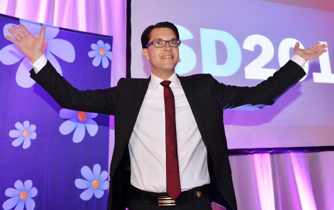 «SD plane à plus de 18 % dans les sondages» (Jimmie Akesson, leader des Démocrates de Suède, en 2014).