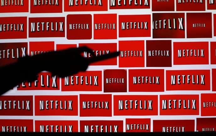 La Commission européenne doit faire passer, mercre, une règlementation permettant à un abonné européen de Netflix d'avoir accès à son service quand il sera à l'étranger