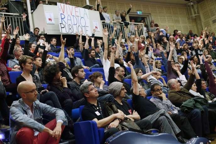L'assemblée générale du 14 avril, à Radio France. La CGT est le dernier syndicat à appeler à la poursuite de la grève.