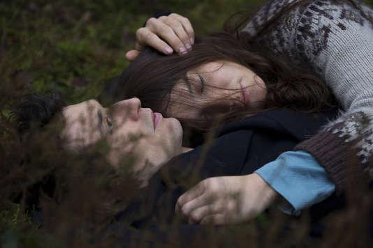 """Jérémie Elkaïm et Anaïs Demoustier dans """"Marguerite et Julien"""", de Valérie Donzelli."""