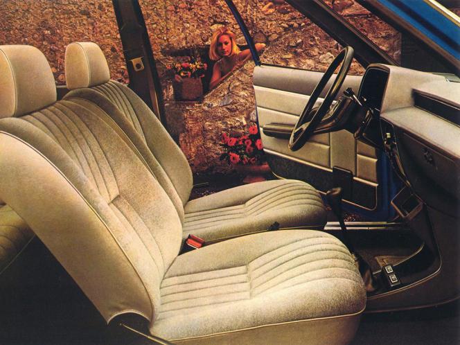 Un intérieur pratique et sans chichis pour la Simca 1307/1308.