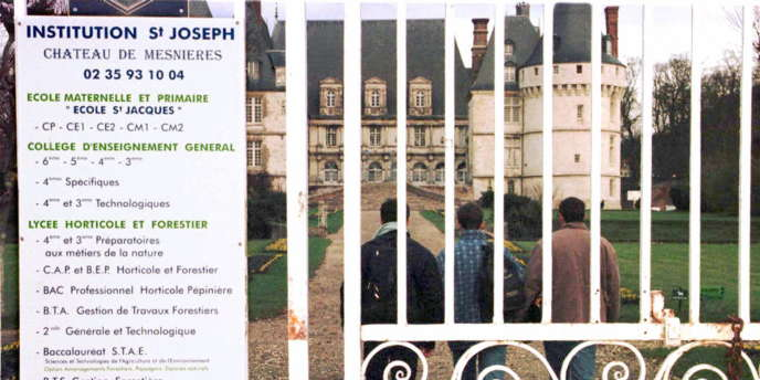 Le lycée privé Saint-Joseph de Mesnieres-en-Bray.
