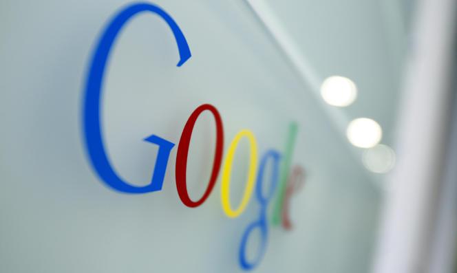 Google Docs permet d'enregistrer, d'éditer et de partagerdes documents dans le cloud.