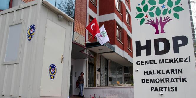 Le siège du HDP à Ankara, le 18 avril.