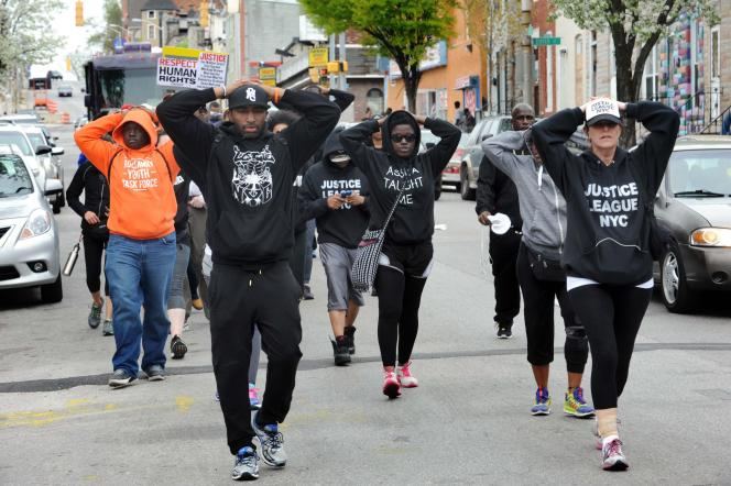 Manifestation à Baltimore pour dénoncer la mort de Freddie Gray, le 19 avril.