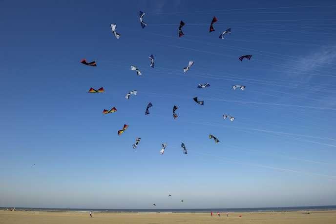 Cerfs-volants sur la plage de Berck (Pas de Calais) en avril 2015.