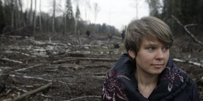 Evguenia Tchirikova dans la forêt de Khimki, en 2010.