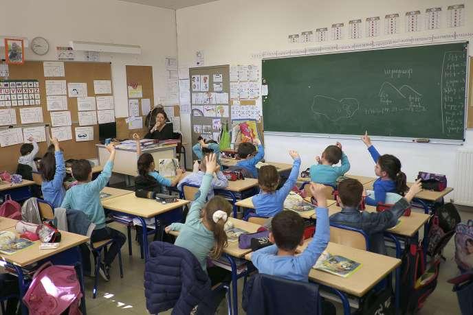 L'alternance de sept semaines d'école et de deux semaines de vacances est un rythme spécifique à la France.