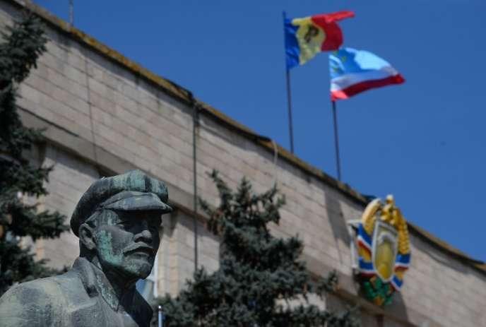 Une statue de Lénine à Comrat, capitale de la région autonome de Gagaouzie, le 7 avril 2014.