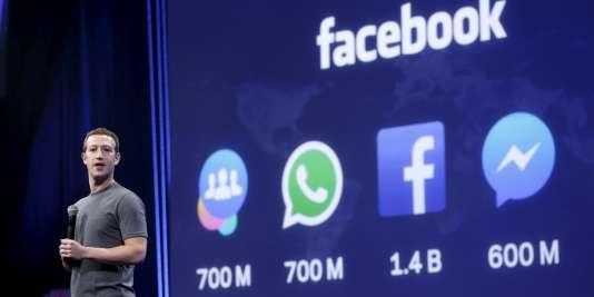 Le PDG de Facebook, Mark Zuckerberg, lors d'une conférence à San Francisco en 2015.