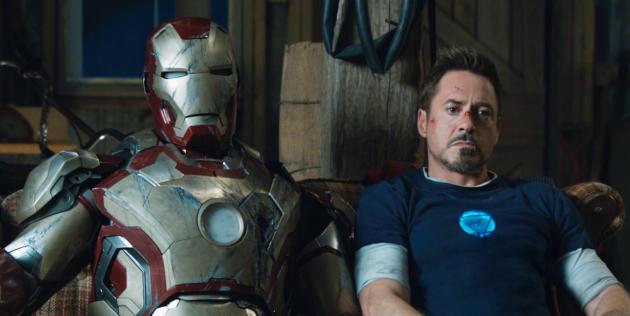 Tony Stark (Robert Downey Jr.) aux côtés de son armure dans «Iron Man 3».