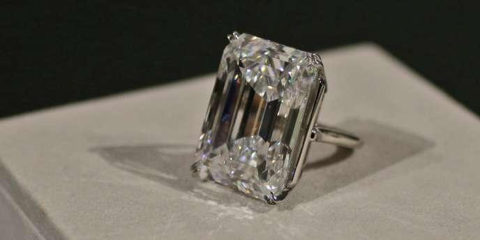 Le diamant de 100 carats a été vendu aux enchères pour 22,1 millions de dollars, le 21 avril.