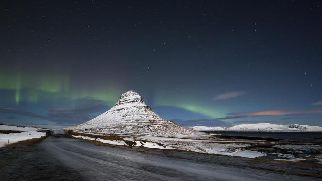 Excursions, randonnées, circuits photos… La beauté des paysages nocturnes islandais entre septembre et avril attire de plus en plus de touristes et d'organisateurs de voyages.