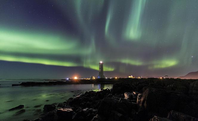 Les aurores boréales sont le fruit d'orages magnétiques solaires.