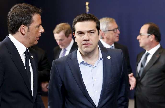 Alexis Tsipras, avec le premier ministre italien Matteo Renzi, en avril 2015 à Bruxelles.