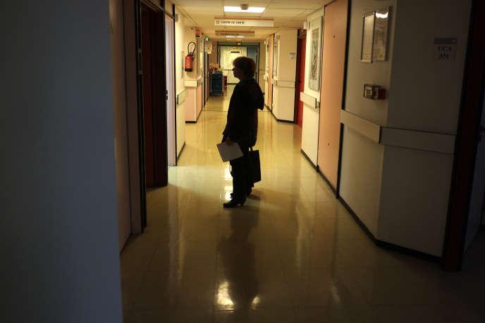 Dans l'Institut Curie.