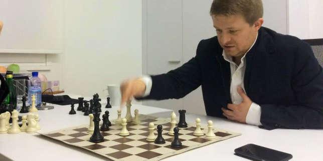 Le fondateur de Wargaming.net joue comme il dirige : un mélange d'offensives téméraires et de coups stratégiques pour consolider ses positions. Et pour l'instant, il gagne.