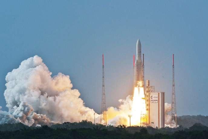 Le décollage de la fusée Ariane 5, sujet des séries S.