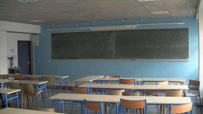 Le gouvernement estime que 144 000 élèves décrochent du système scolaire chaque année