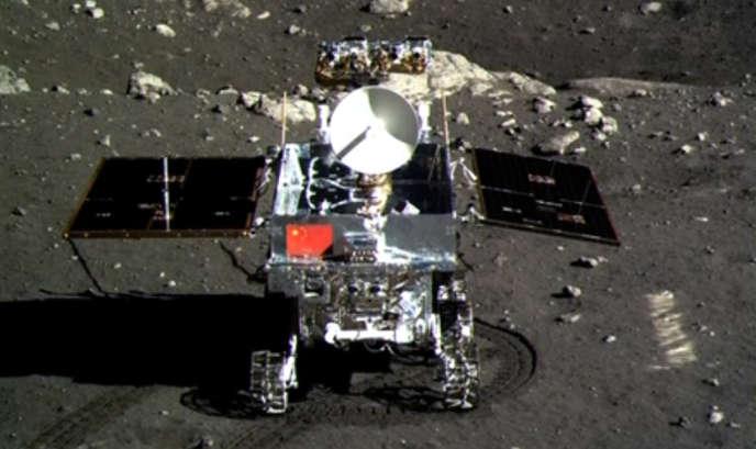 Véhicule chinois sur la Lune, le 15 décembre 2013.
