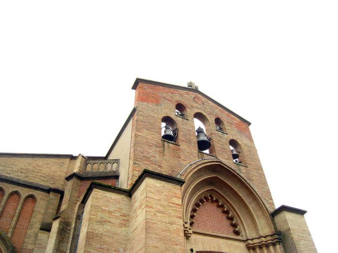 les églises inusitées se situent en zone rurale où le culte musulman est peu présent