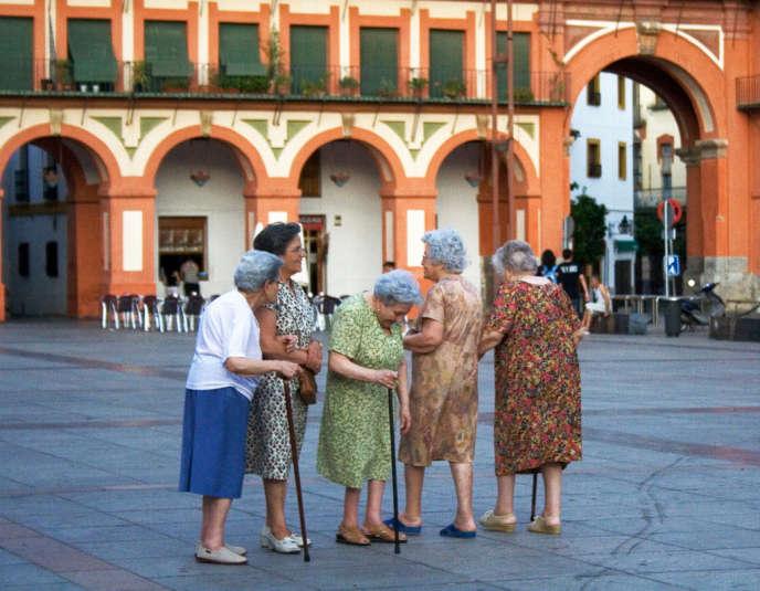 Femmes âgées en Suède.