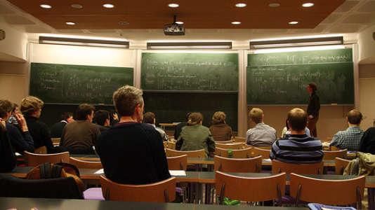 63,4 % des jeunes ingénieurs diplômés se sont déclarés être en activité professionnelle au premier trimestre 2015.