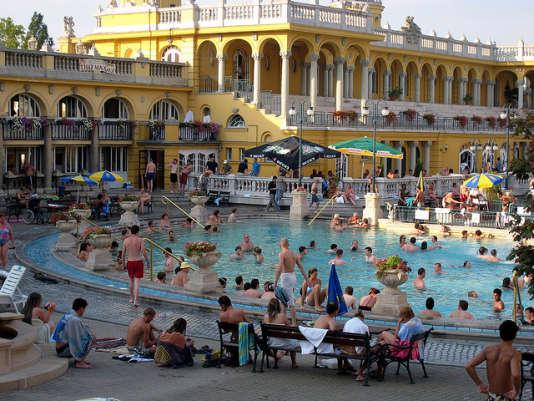 Les bains de Széchenyi, à Budapest.