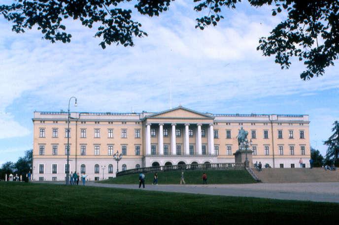 Le palais royal, à Oslo, en Norvège.