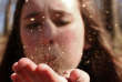 Les difficultés rencontrées par les enfants et ados sont évidemment liées à la situation familiale catastrophique dans laquelle ils évoluent.