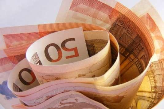 Près de la moitié des 1 387 milliards d'euros d'encours de l'assurance-vie est détenu par seulement 10 % des détenteurs d'un contrat.