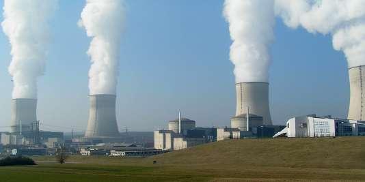 Centrale de Cattenom, en Lorraine. Le parc nucléaire fournit aujourd'hui 80 % des besoins en électricité de la France.
