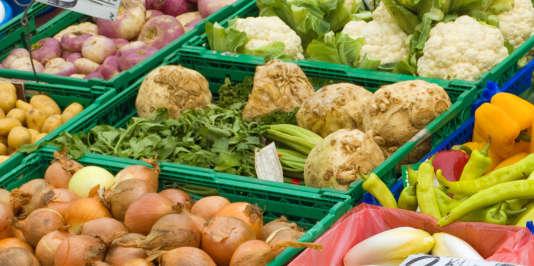 Chaque année, des tonnes de nourriture sont gaspillées.