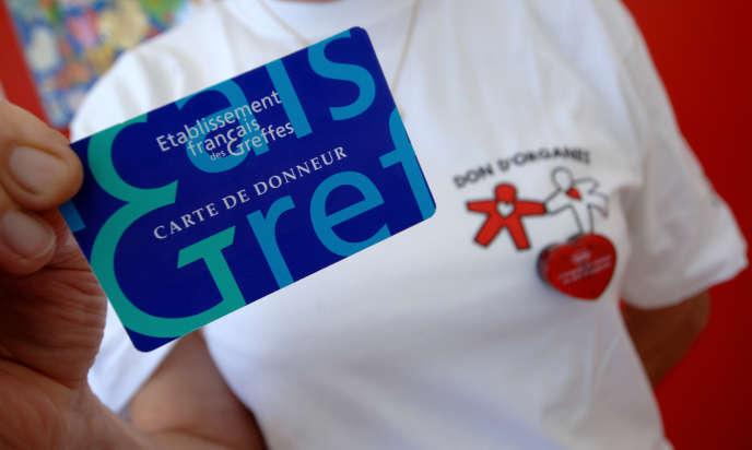 Une carte de donneur d'organes le 23 juillet , 2007 à Caen.