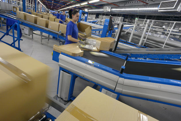 Inditex produit 948 millions de vêtements par an, soit 50000 produits différents.