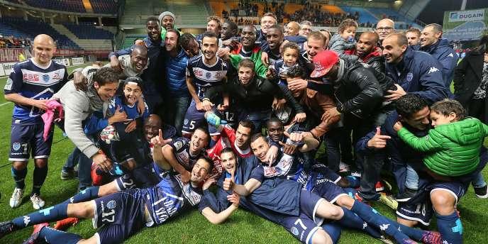 La joie des joueurs troyens après leur accession en Ligue1, le 28avril.