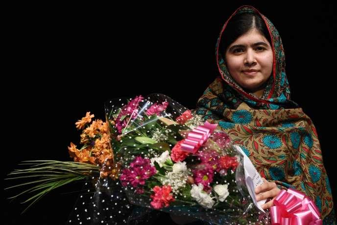 Un tribunal antiterroriste pakistanais a condamné à la prison à vie, jeudi 30 avril,  dix hommes pour la tentative d'assassinat en 2012 contre Malala Yousafzaï – ici le10octobre2014.