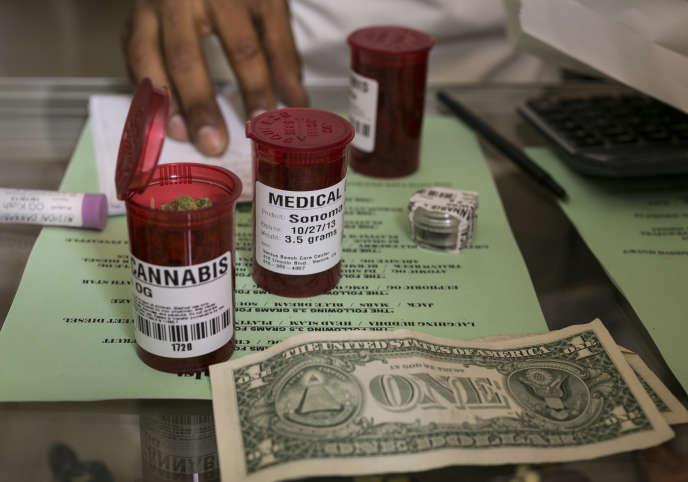 Délivrée sur ordonnance, la marijuana dite médicale n'est cependant pas remboursée aux Etats-Unis.