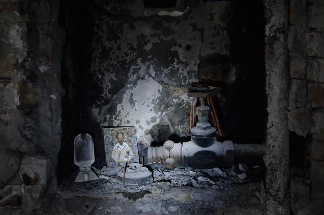 Une icône à l'intérieur de la Maison des syndicats d'Odessa, où 42 personnes sont mortes il y a un an.