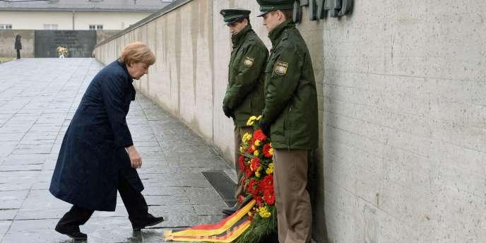 La chancelière allemande Angela Merkel lors des cérémonies du 70e anniversaire de la libération de Dachau, le 3 mai.