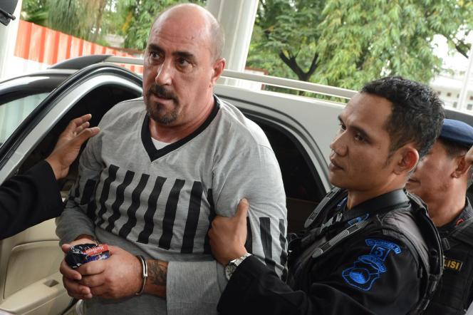 Serge Atlaoui, 51 ans, conteste l'absence de motivation dans la décision du président indonésien, Joko Widodo, qui a rejeté sa demande de grâce il y a quelques mois.