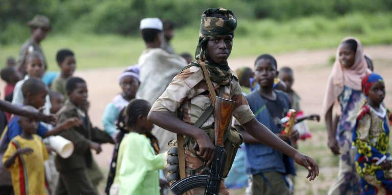 Les affrontements entre partisans de la Séléka, majoritairement musulmans, et des miliciens anti-bakala, principalement chrétiens, minent la stabilité du pays depuis 2013.
