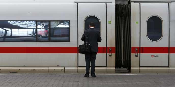 Les trains de la Deutsche Bahn ne circuleront pas le tunnel sous la Manche cette année.