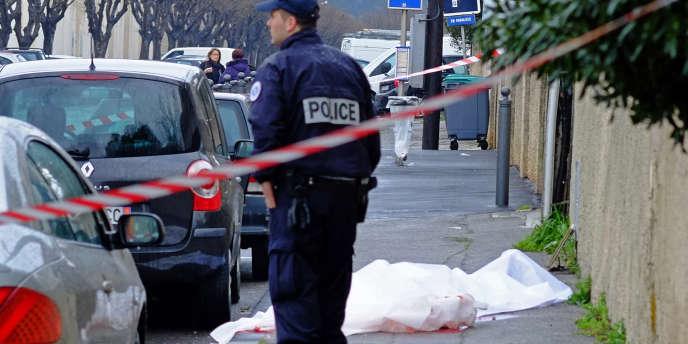 Le taux d'homicide volontaire est passé de 4,8 personnes pour 100 000 en 1994 à 1,5 en 2013, selon une étude publiée par l'Observatoire national de la délinquance et des réponses pénales.